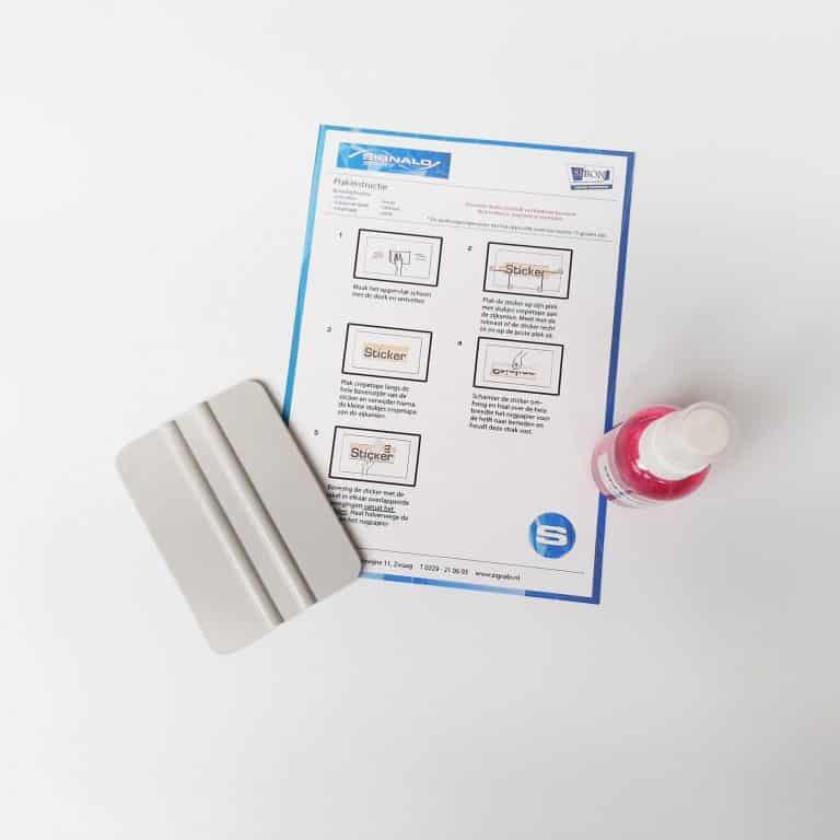 Plakset - alles wat je nodig hebt om een sticker te plakken